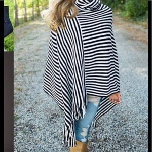 Jackets & Blazers - Brand New light weight turtle neck poncho